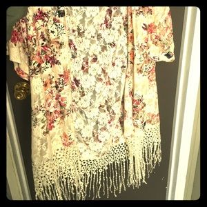 Floral Lace Duster: Size Small